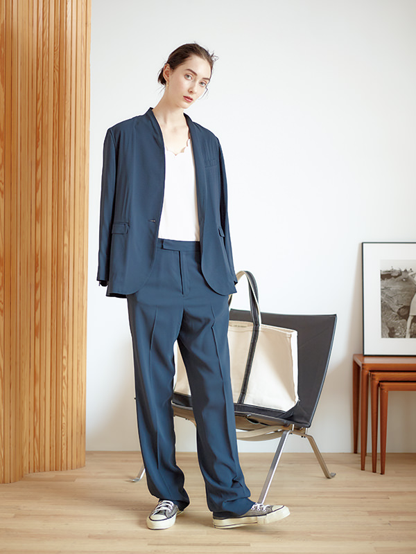 NEWS_HOW-TO-BE-A-GENTLEWOMAN